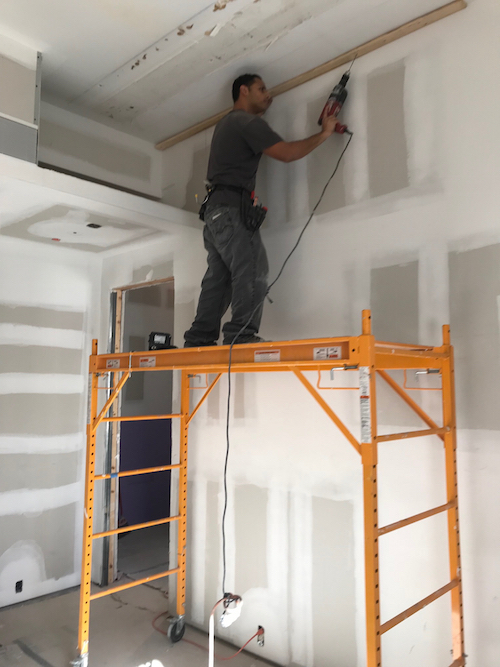 ceiling installation companies